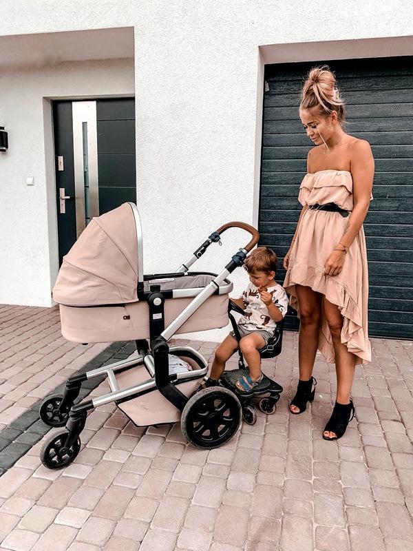 dostawka do wózka dla starszego dziecka